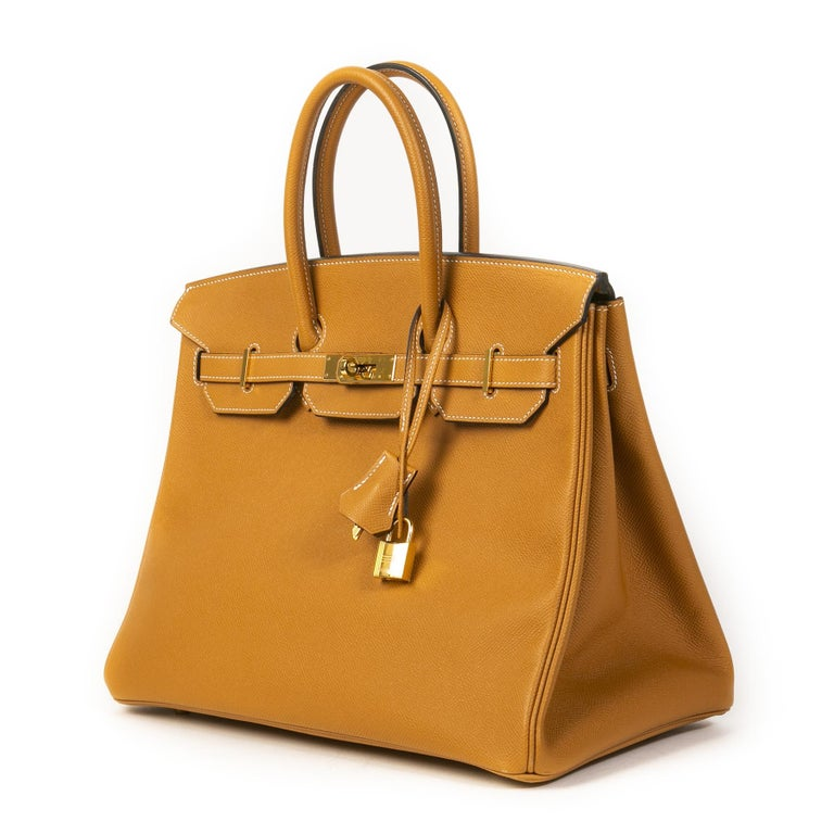 The Hermès Birkin bag is known worldwide to be the most exclusive and luxurious bag - carrying a Birkin bag has become a symbol of luxury around the world. Treat yourself or your loved one to this iconic Hermès bag today!  This beautiful design is