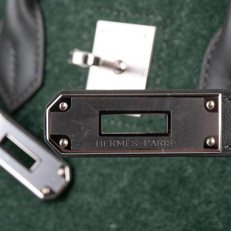 Black Hermes Birkin 35 Limited Edition Bi-Color Vert Anglais Feutre Vert Cypress Swift For Sale