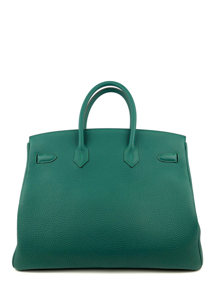 Hermes Birkin 35 Malachite Green Togo Leather Gold Hardware  In Excellent Condition For Sale In Miami, FL