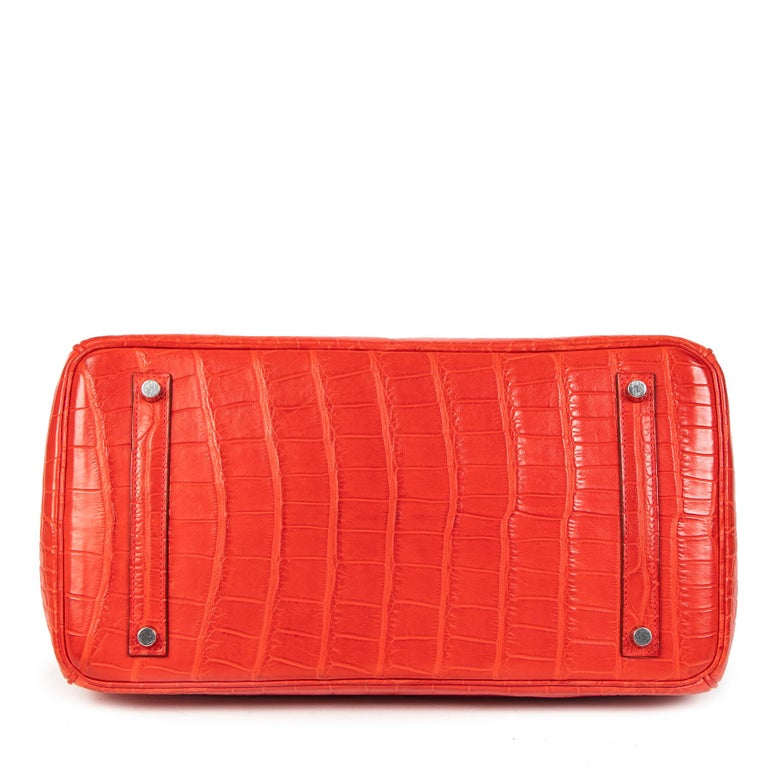 Women's or Men's Hermès Birkin 35 Matt Alligator Geranium PHW  For Sale