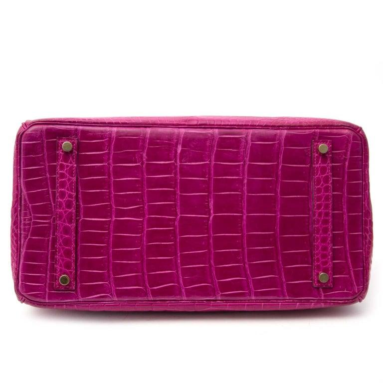 Women's or Men's Hermès Birkin 35 Rose Sheherazade Porosus GHW