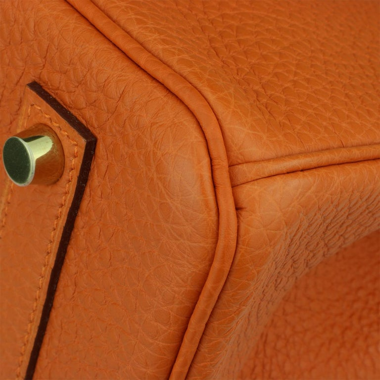 Hermès Birkin 35cm Bag Orange Togo Leather with Gold Hardware Stamp R Year 2014 For Sale 6