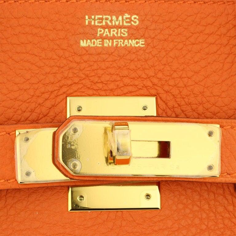Hermès Birkin 35cm Bag Orange Togo Leather with Gold Hardware Stamp R Year 2014 For Sale 8