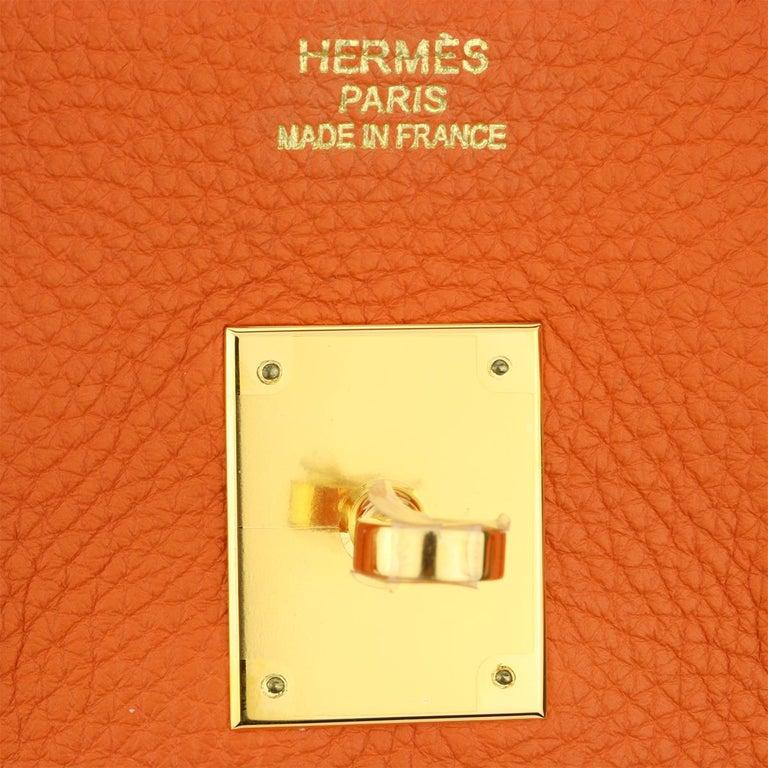 Hermès Birkin 35cm Bag Orange Togo Leather with Gold Hardware Stamp R Year 2014 For Sale 9