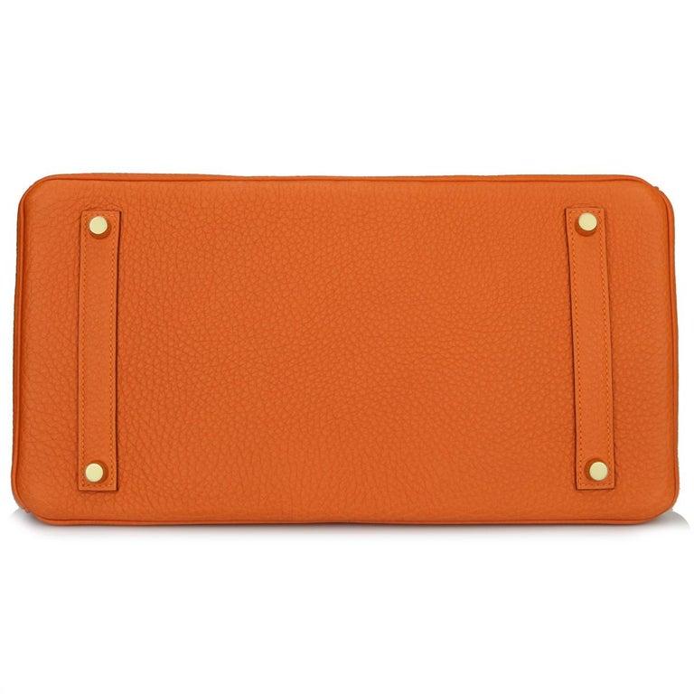 Hermès Birkin 35cm Bag Orange Togo Leather with Gold Hardware Stamp R Year 2014 For Sale 2