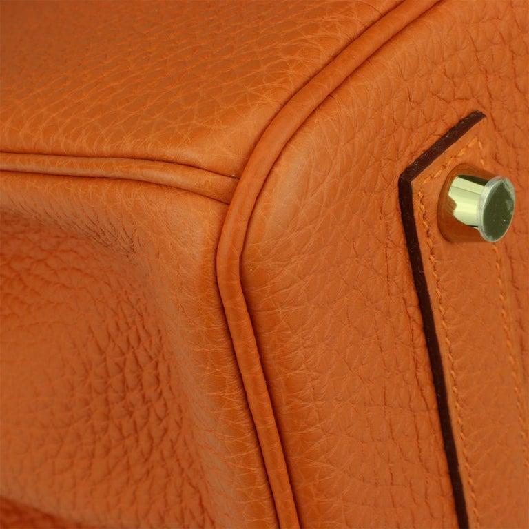 Hermès Birkin 35cm Bag Orange Togo Leather with Gold Hardware Stamp R Year 2014 For Sale 3