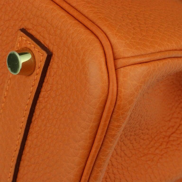 Hermès Birkin 35cm Bag Orange Togo Leather with Gold Hardware Stamp R Year 2014 For Sale 4