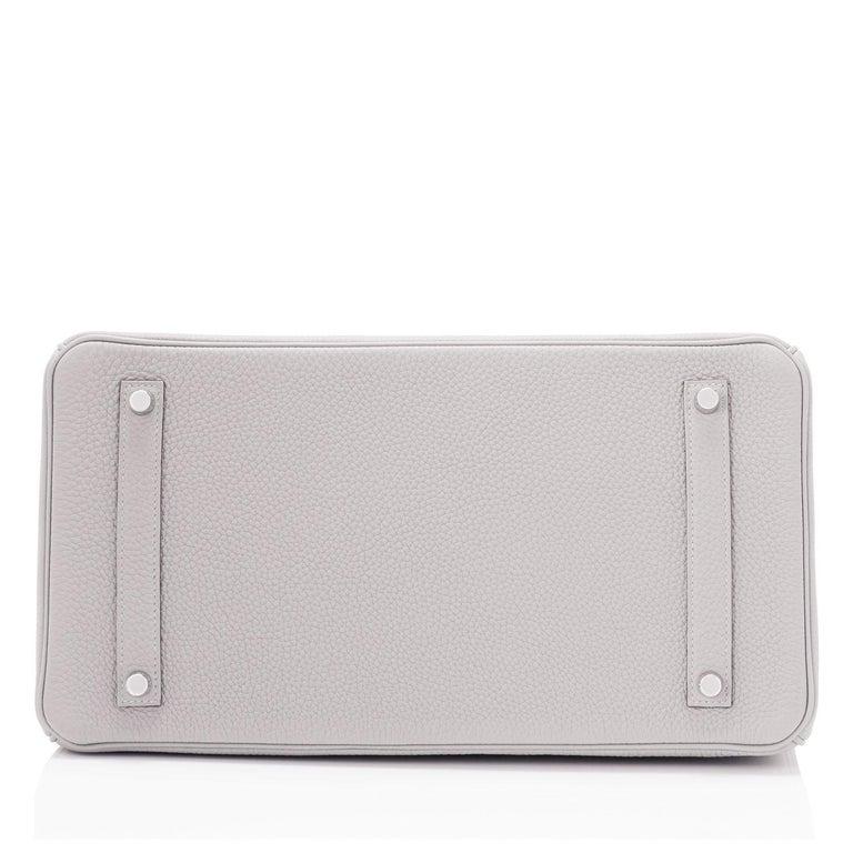 Hermes Birkin 35cm Gris Perle Togo Pearl Gray Palladium Hardware Y Stamp, 2020 For Sale 5