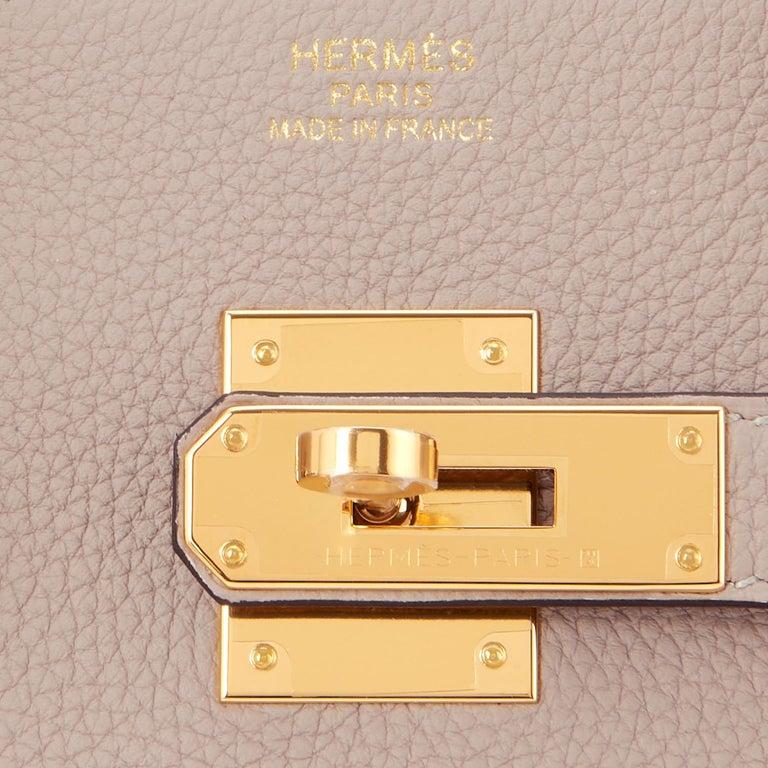 Hermes Birkin 35cm Gris Tourterelle Dove Grey Togo Gold Hardware For Sale 8
