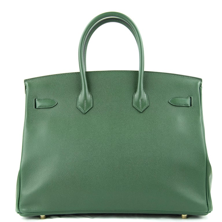 Hermes 35cm Birkin bag in Vert Fonce Epsom. This iconic special order Hermes Birkin bag is timeless and chic. Fresh and crisp with gold hardware.      Condition: New or Never Used     Made in France     Bag Measures: 35cm (13.8