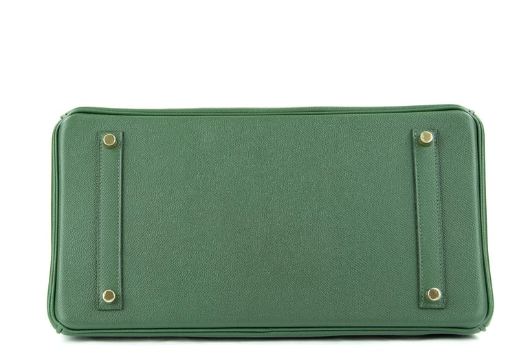Hermes Birkin 35cm Vert Fonce Epsom GHW In New Condition For Sale In Newport, RI