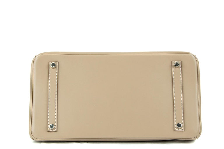 Hermès Birkin Bag 35cm Guilloche Tadelakt Argile PHW In Excellent Condition For Sale In Newport, RI