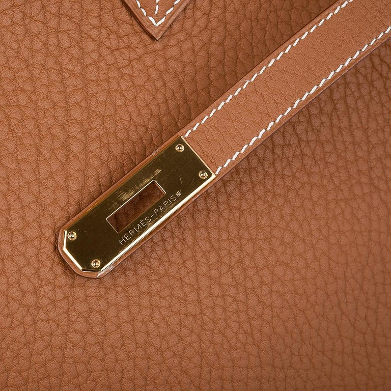 Hermes Birkin Bag 40 Iconic Gold Clemence Gold Hardware In Good Condition For Sale In Miami, FL