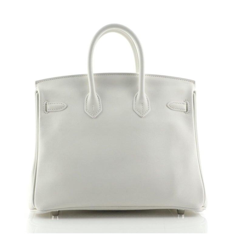 Hermes Birkin Handbag Blanc Swift with Palladium Hardware 25 In Good Condition For Sale In New York, NY