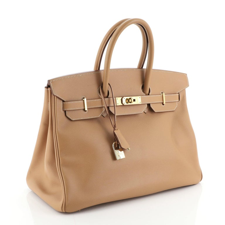 Hermes Birkin Handbag Natural Courchevel with Gold Hardware 35 In Good Condition For Sale In New York, NY
