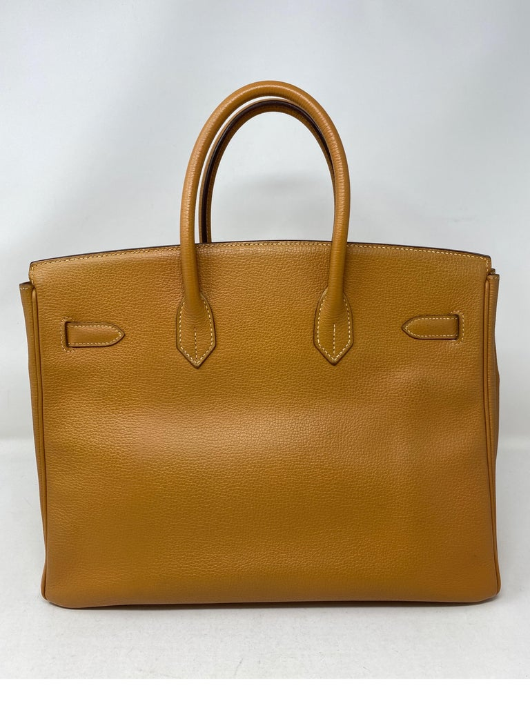 Hermes Birkin Natural 35 Bag  In Fair Condition For Sale In Athens, GA