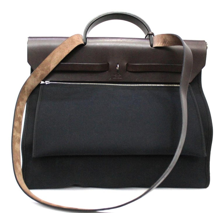 Hermès Black Canvas and Leather Herbag Zip 39 Bag In Good Condition For Sale In Torre Del Greco, IT