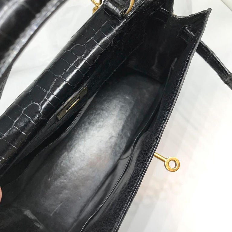 Hermès Black Crocodile 28cm Kelly Sellier Bag For Sale 4