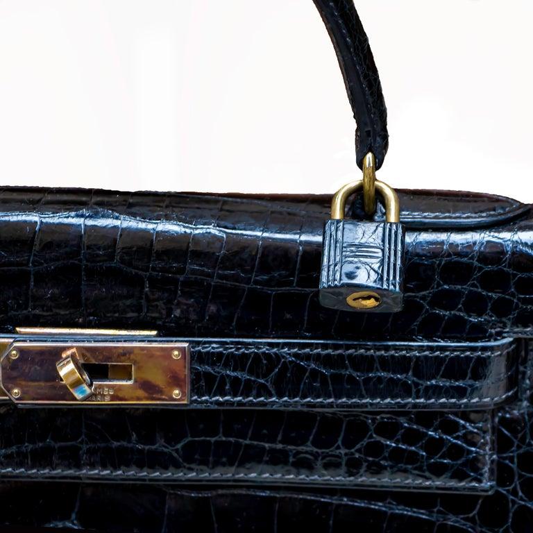 Women's Hermes Black Crocodile Kelly Handbag For Sale