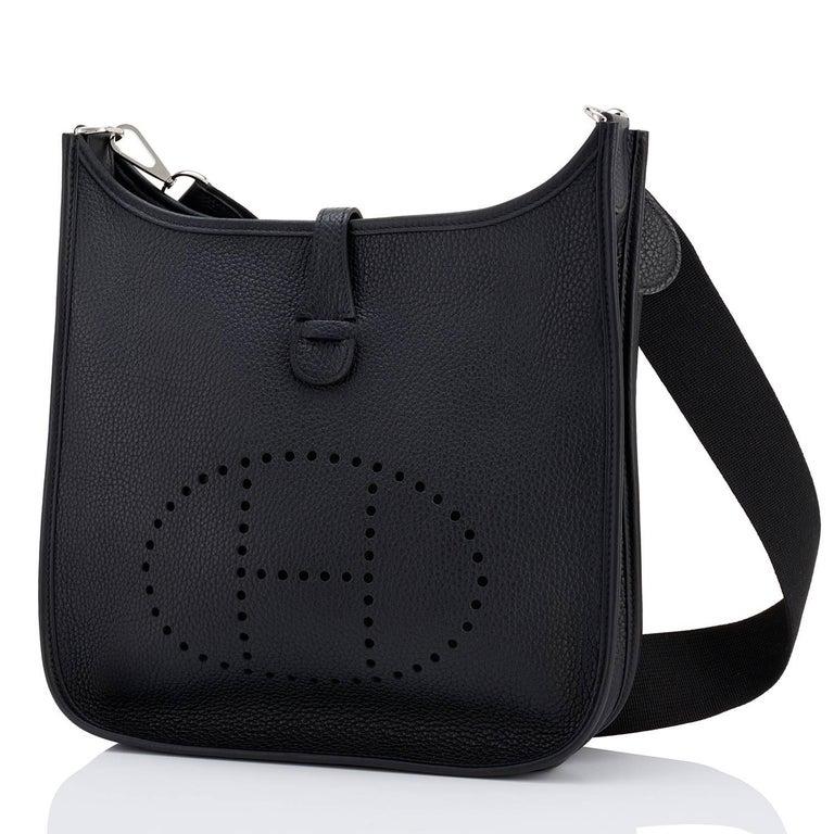 Women's or Men's Hermes Black Evelyne III 29cm PM Cross-Body Messenger Bag NEW GIFT For Sale