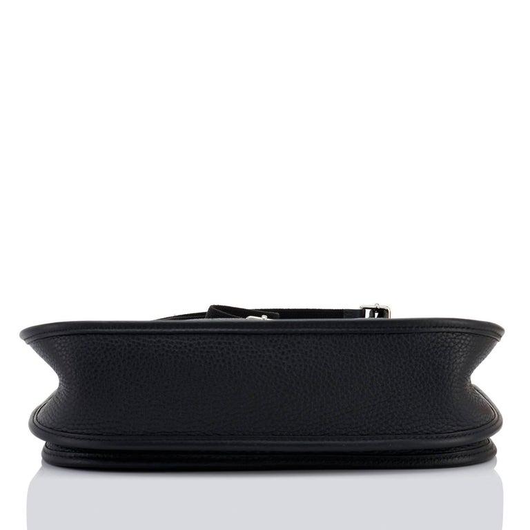Hermes Black Evelyne III 29cm PM Cross-Body Messenger Bag NEW GIFT For Sale 1