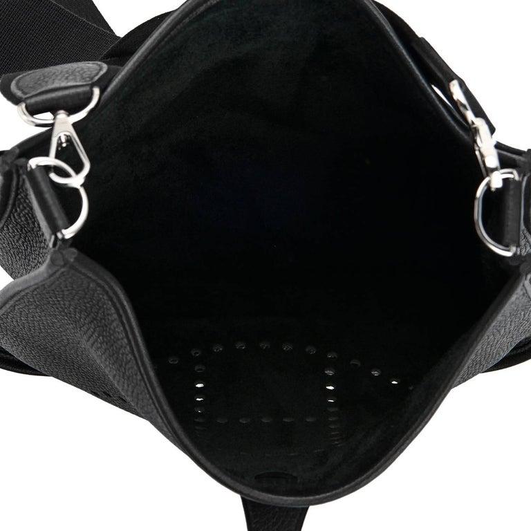 Hermes Black Evelyne III 29cm PM Cross-Body Messenger Bag NEW GIFT For Sale 2