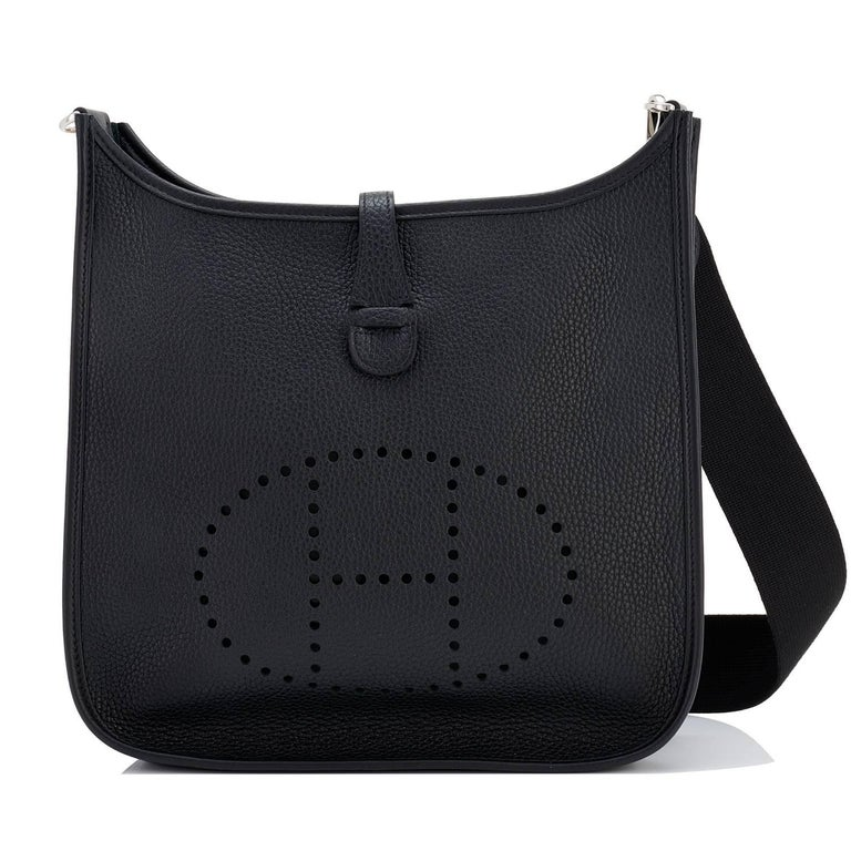 Hermes Black Evelyne III 29cm PM Cross-Body Messenger Bag NEW GIFT For Sale 5