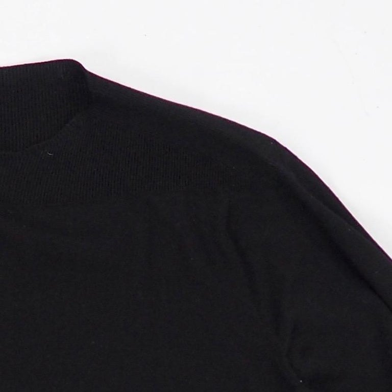 Hermes - Black Fine Wool Sweater In Good Condition For Sale In Kent, GB