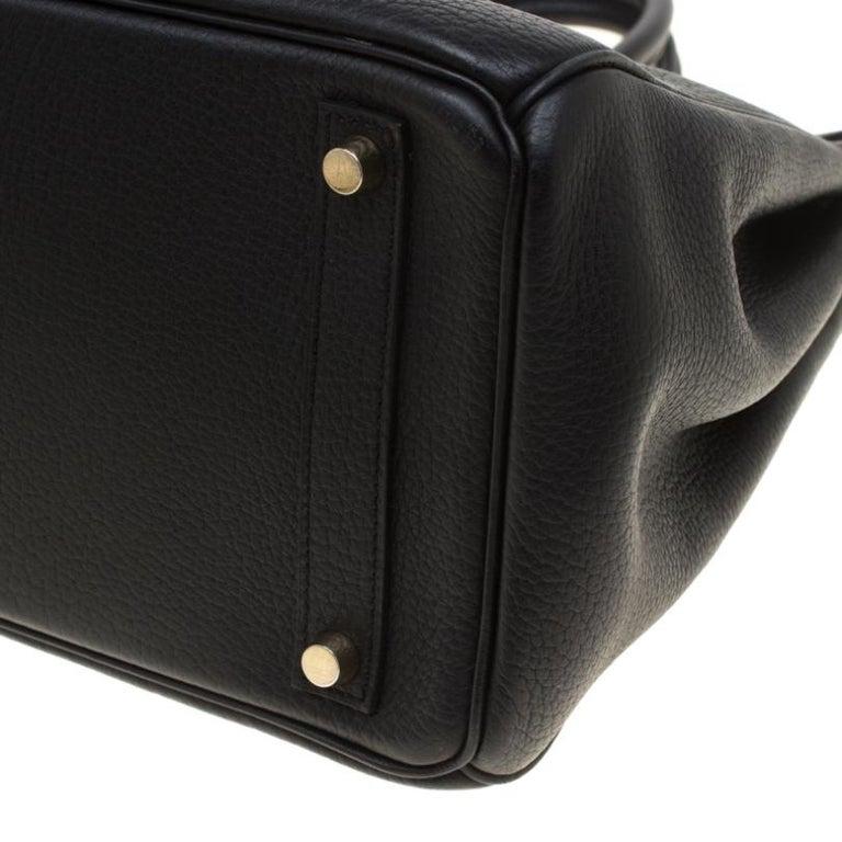 Hermes Black Fjord Leather Gold Hardware HAC Birkin 32 Bag For Sale 3