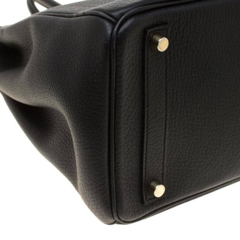 Hermes Black Fjord Leather Gold Hardware HAC Birkin 32 Bag For Sale 4