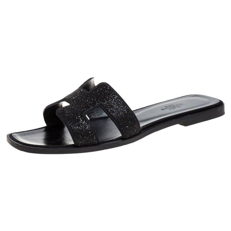 Hermes Black Glitter Leather Oran Flat Slides Size 38.5 For Sale