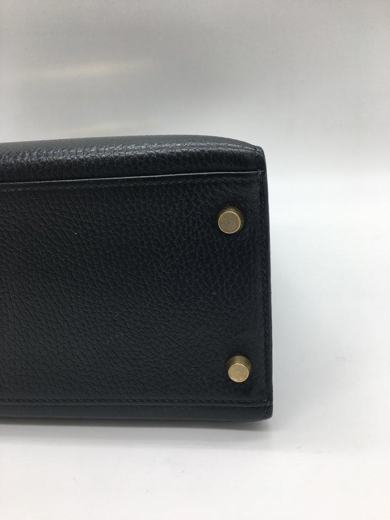 Hermes Black Kelly 32cm in Evergrain For Sale 3