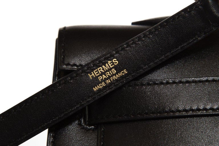 HERMÈS  Black Kelly 35cm Sellier Swift Leather Handle Bag $15,995.95 For Sale 6
