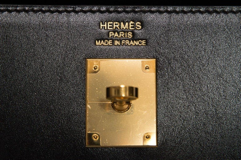 HERMÈS  Black Kelly 35cm Sellier Swift Leather Handle Bag $15,995.95 For Sale 5