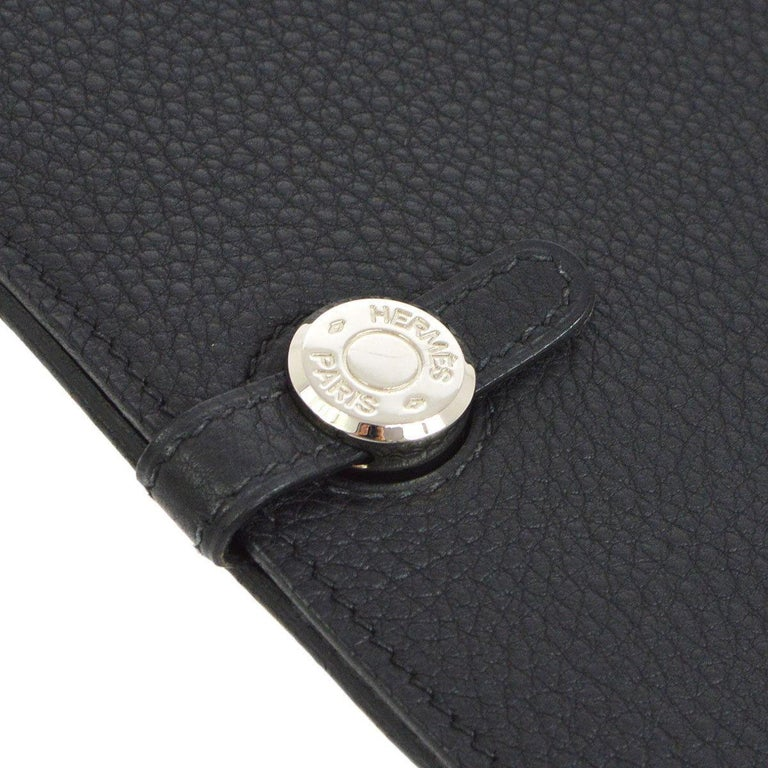 Hermes Black Leather Silver Large LapTop Business Envelope Clutch CarryAll Bag    Leather  Gold hardware  Buckle closure  Made in France  Date code present Measures 14