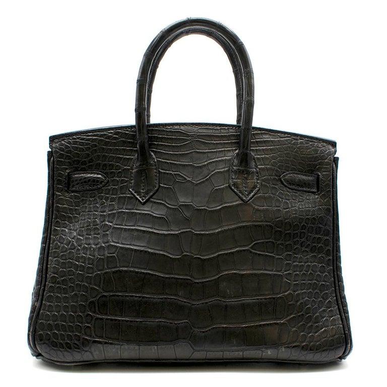 Hermes Black Matte Mississippiensis Alligator 30cm Birkin  In Excellent Condition For Sale In London, GB