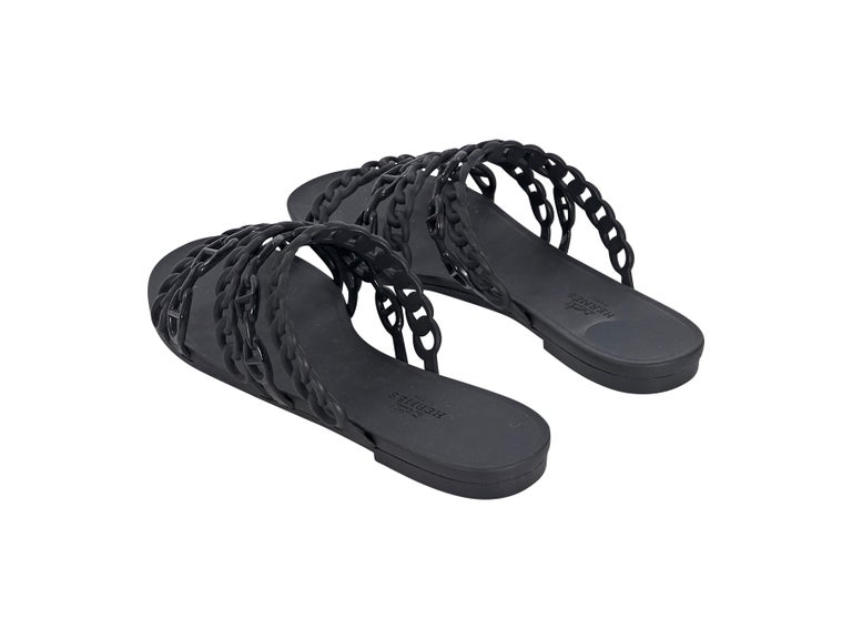 Hermes Black Rubber Chaine d'Ancre Sandals In Good Condition For Sale In New York, NY