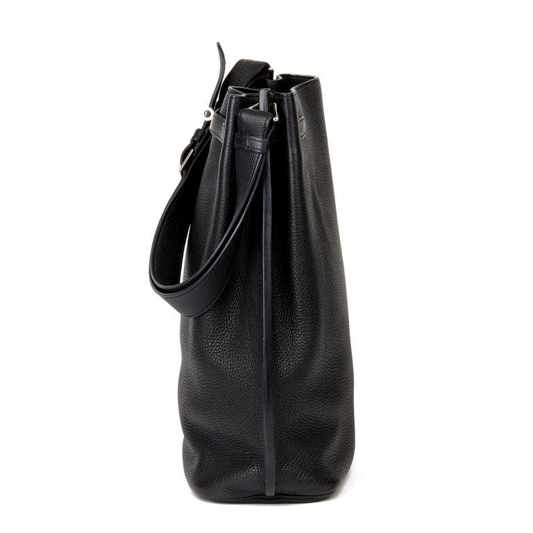 Hermès Black Togo Leather So Kelly 26cm In Good Condition For Sale In Bishop's Stortford, Hertfordshire