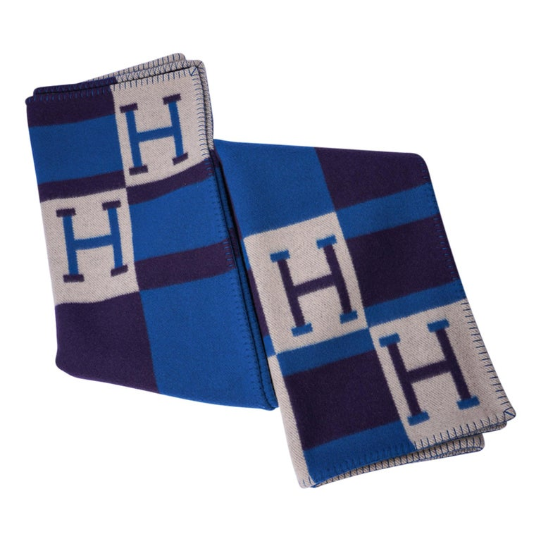 Hermes Blanket Avalon Bayadere Blue Marine Throw New In New Condition For Sale In Miami, FL