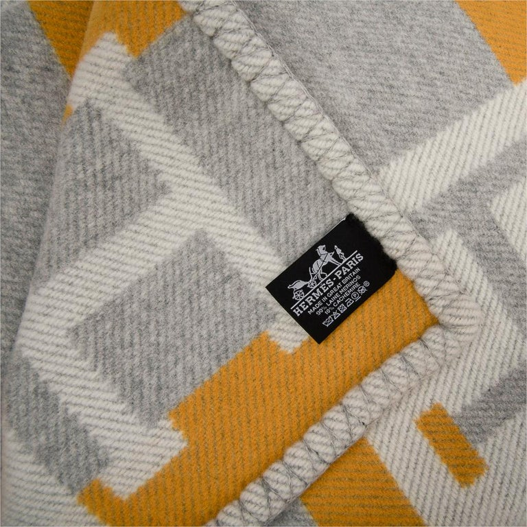 Hermes Blanket Avalon Bayadere Throw Blanket Jaune Gris Ecru For Sale 2