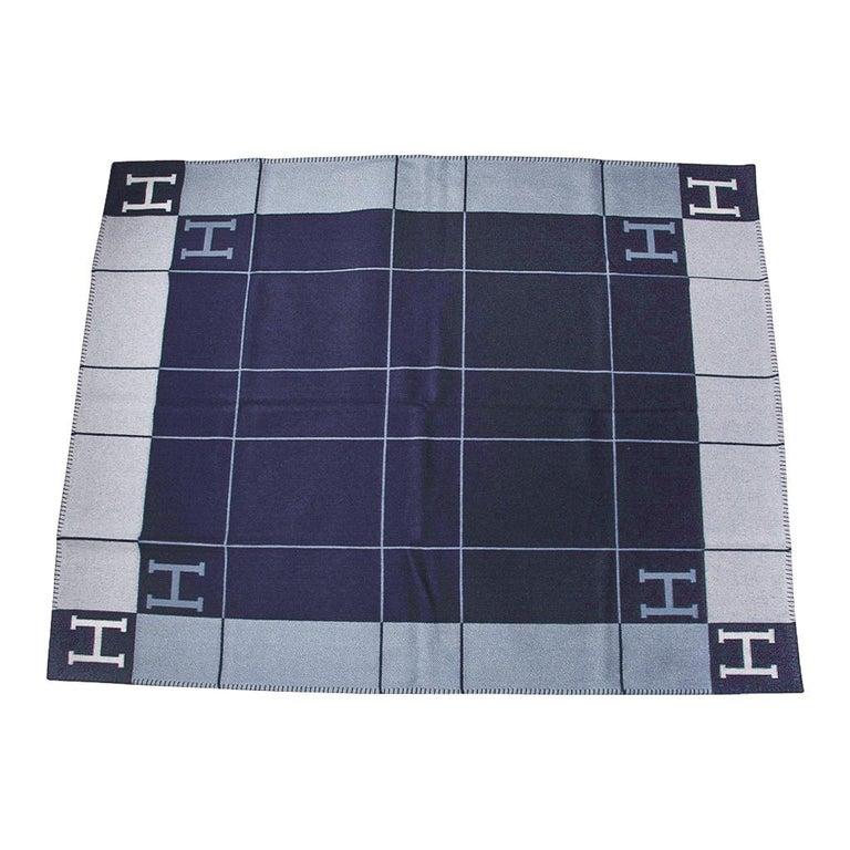 Women's or Men's Hermes Blanket Avalon I Signature H Blue Throw New w/Box For Sale
