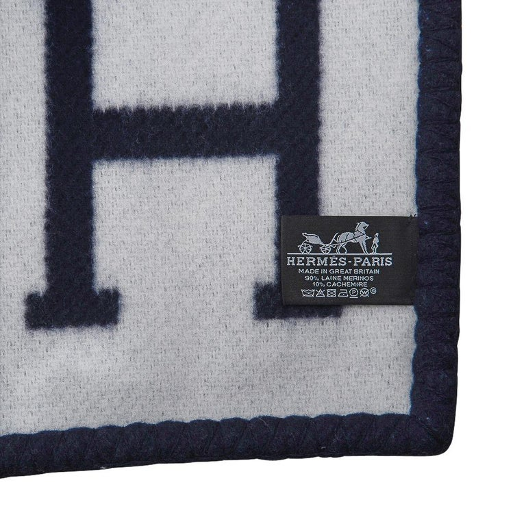 Hermes Blanket Avalon I Signature H Blue Throw New w/Box For Sale 4