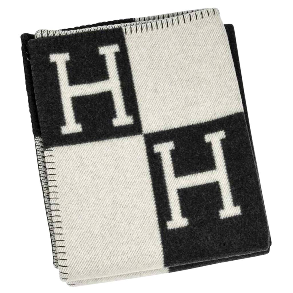 Hermes Blanket Avalon I Signature H Ecru and Gris Fonce Throw Blanket