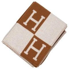 Hermes Blanket Avalon III Signature H Camel and Ecru Throw
