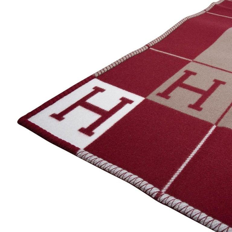 Brown Hermes Blanket Avalon III Signature H Ecru and Rouge H Throw Blanket