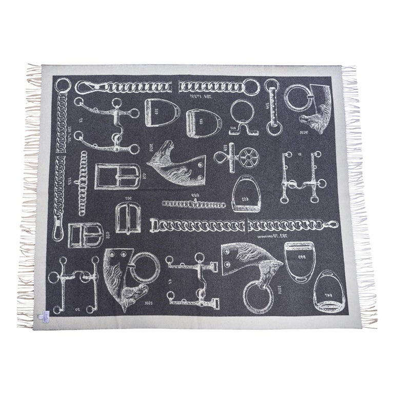 Gray Hermes Blanket Metalliers Equestrian Throw Gris / Ecru Limited Edition New For Sale