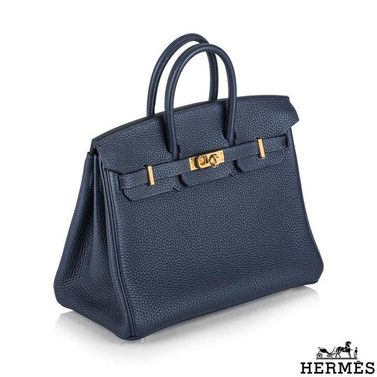 Hermès Bleu Nuit Togo Birkin 25cm Gold Hardware In New Condition For Sale In London, GB