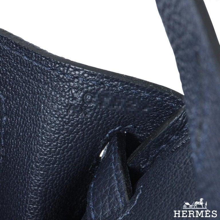 Hermès Bleu Nuit Togo Birkin 25cm Gold Hardware For Sale 2