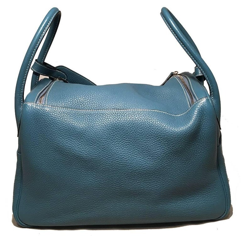 Hermes Blue Jean Clemence leather Lindy Bag In Excellent Condition For Sale In Philadelphia, PA