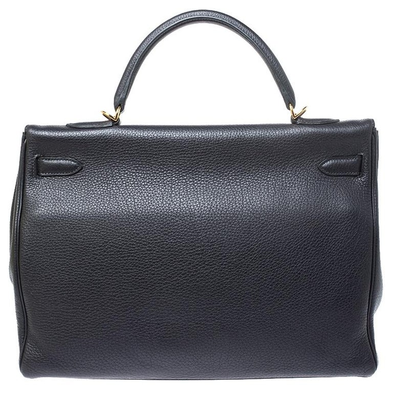 Inspired by none other than Grace Kelly of Monaco, Hermes Kelly is carefully hand stitched to perfection. This Kelly Retourne is crafted from leather and has gold-tone hardware. Retourne has a more casual look and is stitched on the inside thus